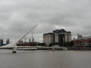 híres híd Buenos Airesben
