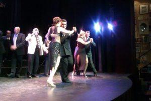 argentin tangó szinpadi fellépés és show Buenos Airesben