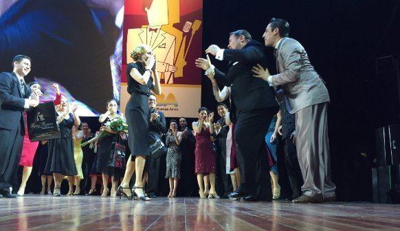 melisa-sacchi-y-cristian-palomo-campeones-del-mundial-de-tango-2016-categoria-tango-salon