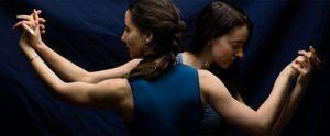 women tango