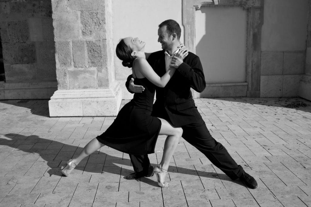 endre-andrea-tango-4