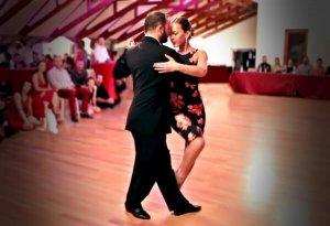 endre-andrea-tango-3